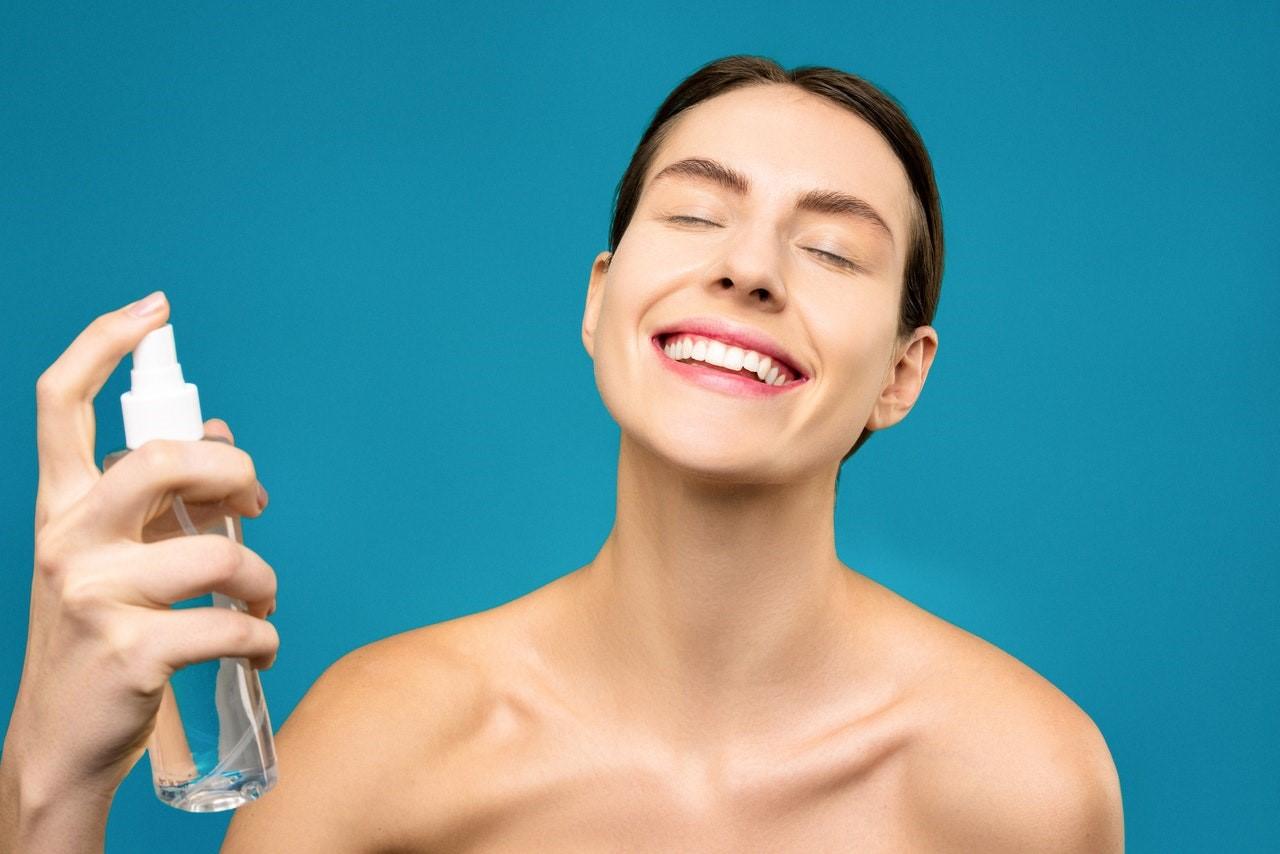 玻尿酸功效強作用多,保濕鎖水最靠譜!
